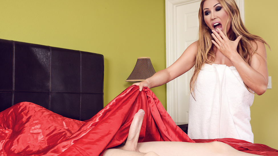 Kianna Dior – There's A Jordi In My Bed