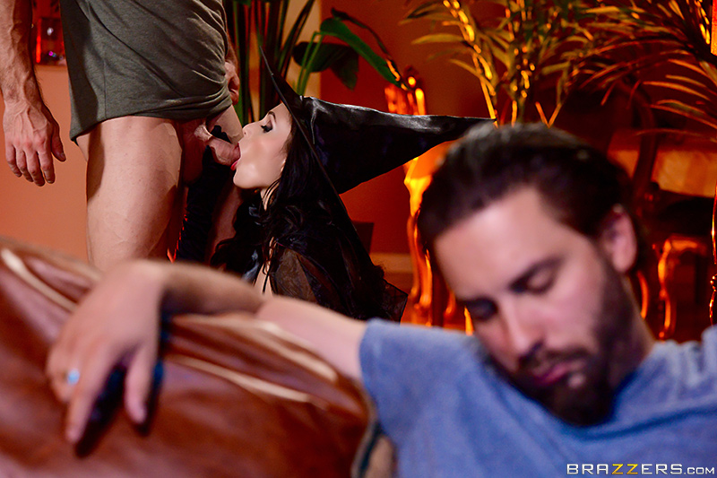 Ariana Marie – Dick Or Treat