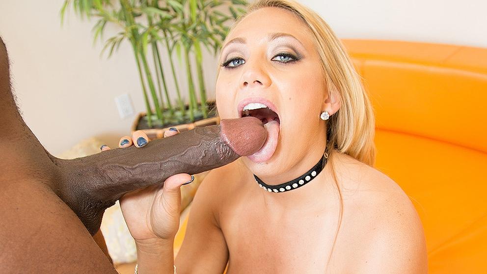 Aj Applegate – First Black Cock 14inch Mandingo