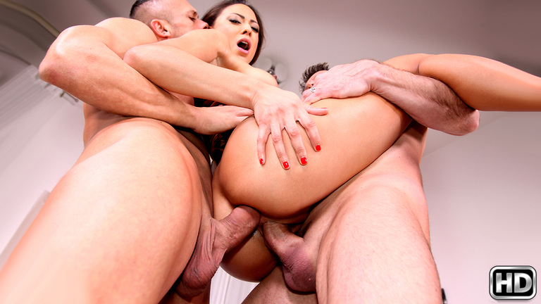 Cassie Del Isla – Ass Play