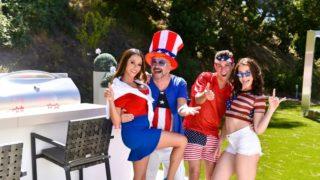 Family Fourth Of July – Ariella Ferrara – Jennifer Jacobs