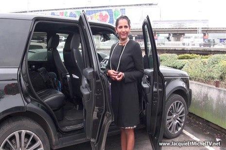 HD Porn Caroline, 39ans, débarque de la Martinique – JacquieEtMichelTV