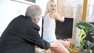 Old Dick Fucks Teen – Joleyn Burst