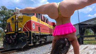 Taking This Big Ass Around Town – Kelsi Monroe