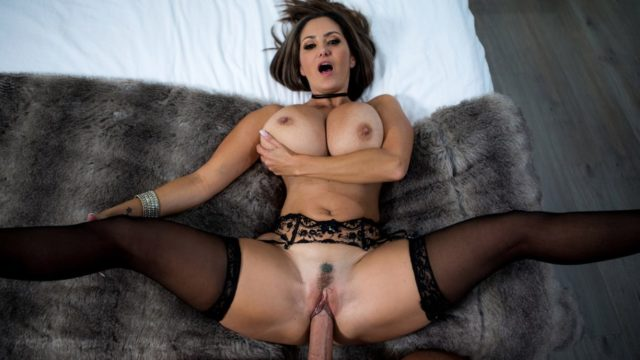 Rent-A-Pornstar The Lonely Bachelor – Ava Addams