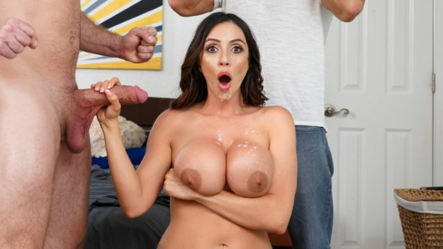 Panty Stash – Ariella Ferrera