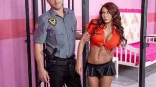 Glam Jail Nail – Madison Ivy
