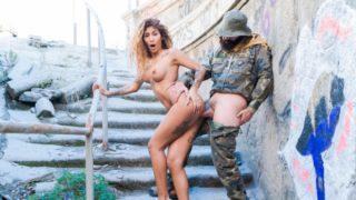 Please The Troops – Venus Afrodita
