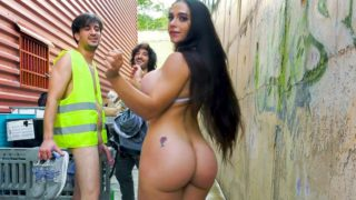 Marta Loves to Public Fuck – Marta La Croft