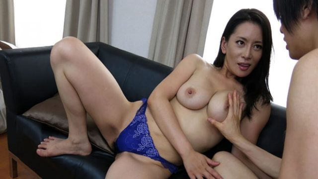 Fucked so much by her young neighbour – Rei Kitajima