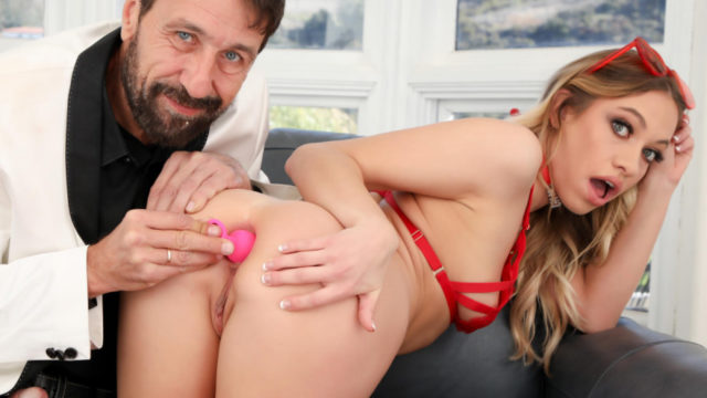 Butt Plug And Proper Ass Fucking Maked The Best Gift – Khloe Kapri