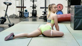 Working Up A Pussy Sweat – Riley Reyes